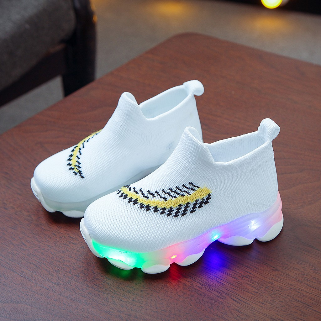 LED Feather Pattern Breathable Sneakers 3