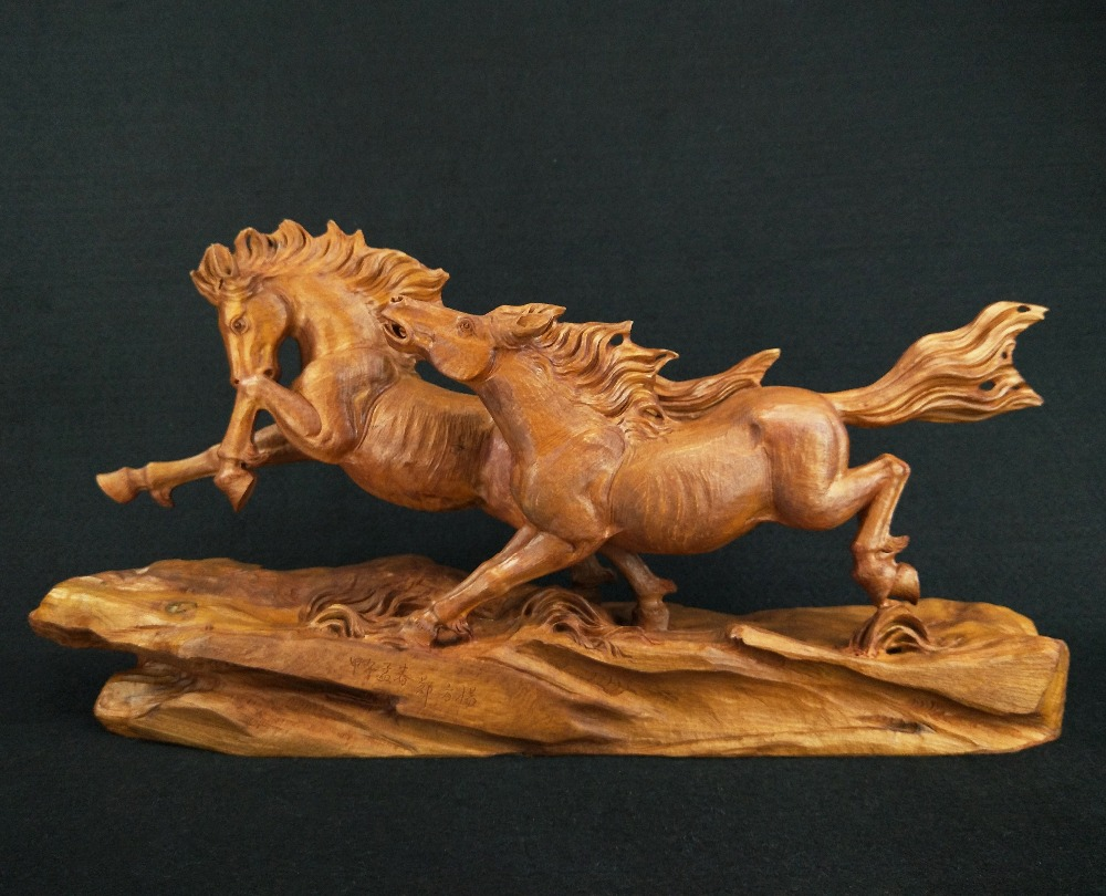 Yueqing boxwood carvings singular running horse office supplies