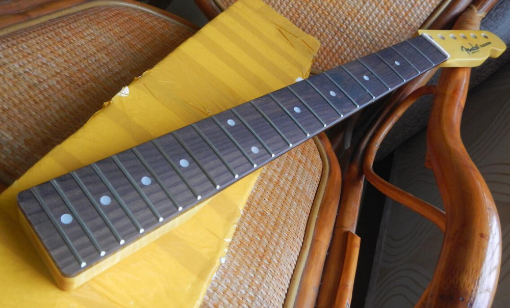 Frete grátis atacado Subiu fingerboard madeira Tele braço da guitarra, telecaster guitarra pescoço 21 Traste
