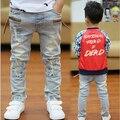 Embroman los Pantalones Niños Deportes de La Moda Jeans Denim Enfant Pantalones Largos Pantalones de Los Niños 2015 Nueva Primavera Otoño Ropa de Algodón de Corea