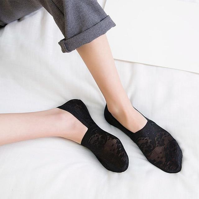 1 Pair Fashion Women Girls ECMLN Summer Socks Style Lace Flower Short Sock Antiskid Invisible Ankle Socks 2019 Sox 2