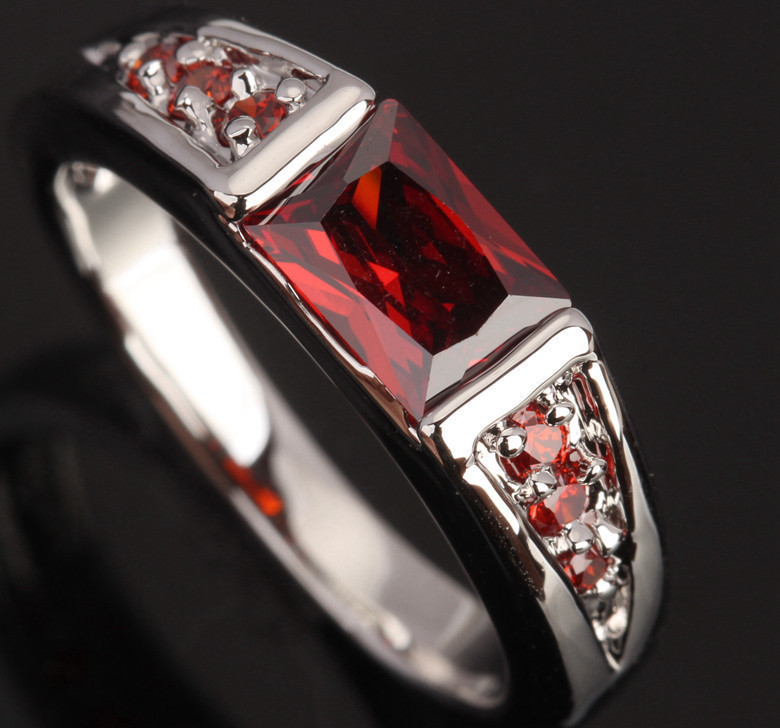 Splendid Red Garnet & White 925 Sterling Silver Overlay Party Fashion Fine Jewelry For Women Size 6 7 8 / 9 S0384