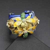 2017 New Korea Europe And The United States Fashion Beautiful Navy Blue Bee Dragonfly Gem Bracelet