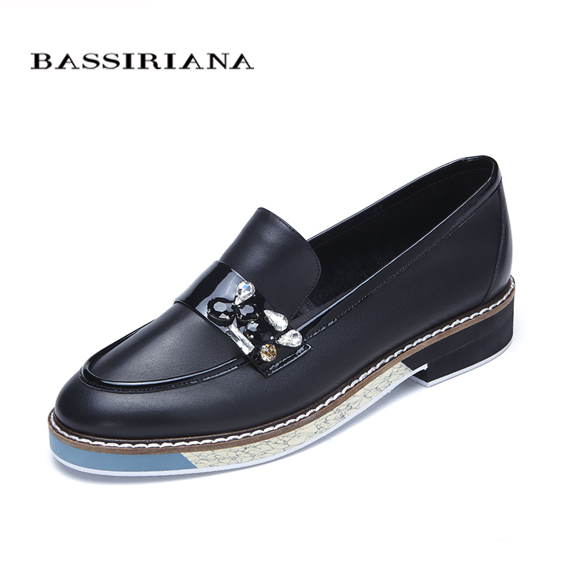 Leather shoes woman 2017 Spring Autumn Blue Black Brown Round Toe Casual shoes for women Basic model Free shipping BASSIRIANA