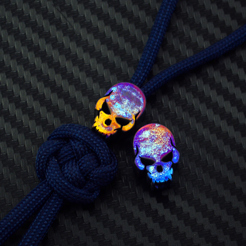 1PC Titanium Alloy Roasted Blue Skull EDC Paracord Beads Knife Beads Rope Cord Beads Lanyard Pendants Outdoor Accessories
