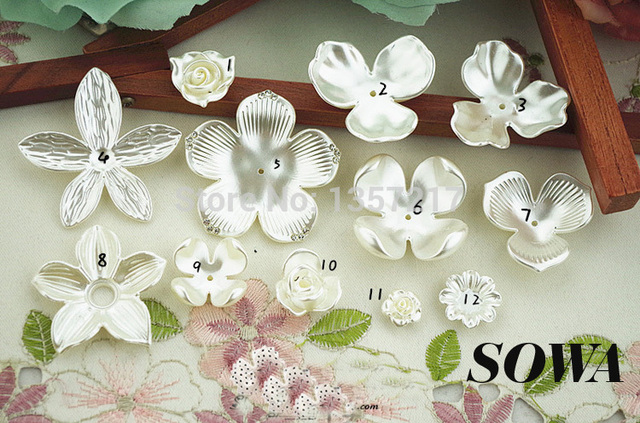 25pcs/Lot Round Ivory Color Craft ABS Resin Imitation Pearls Flower Effect 3D Maple Designed Beads DIY Making Jewelry