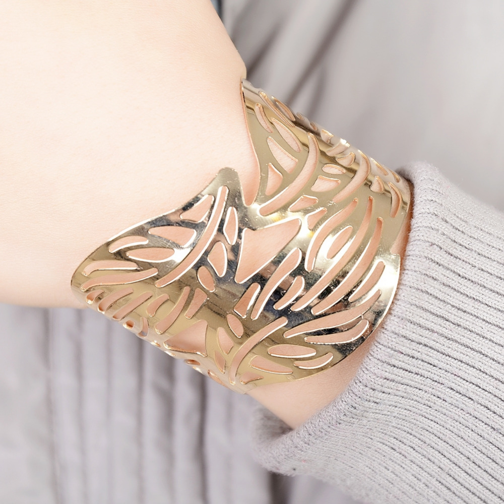 2017 New Bracelets Fashion Gold Silver Color Casual Leaves Shape Stainless Steel Women Jewelry Cuff Bangles Accessories