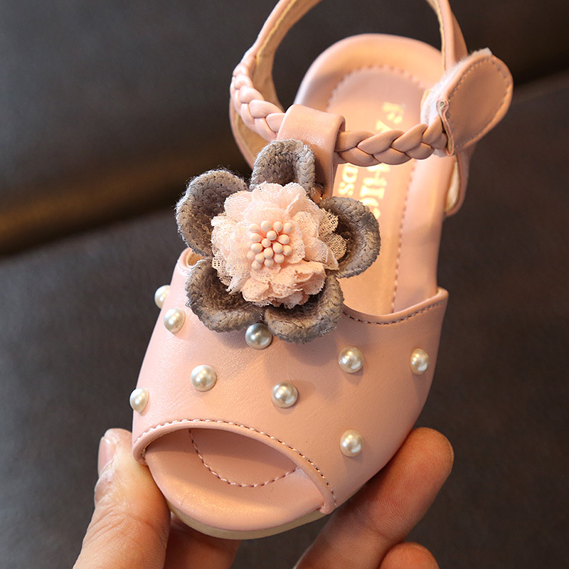 2019 Summer Girls Sandal Flower Toddler Leather Shoes Open Toe Children Beach Sandals Girls Footwear Kids Dress Shoes With Pearl in Sandals from Mother Kids