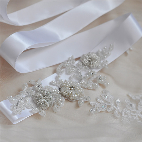 Купить с кэшбэком Silver Rhinestones Bridal Belt Crystal Pearls Ribbons Wedding Belt Sash For Bridal Bridesmaids Dresses