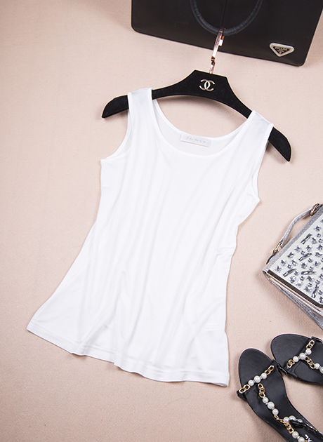 ca7c835317 Single mulberry silk export limited money day Real silk knit white loose  sleeveless vest size code-in Tank Tops from Women's Clothing & Accessories
