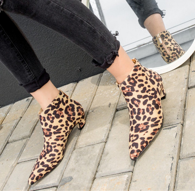 Autumn Winter Fashion Leopard Ankle Boots Women Square High Heel Pointed Toe Sexy Martin Shoes Front Zipper Up zapatos de mujer lotus jolly women pumps high heel shoes casual denim rivet sexy fashion lace up shoes woman frayed martin ankle zapatos mujer