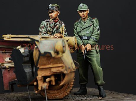 1:35    WWII German Duo