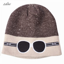 6732be1099c8f Óculos de Esqui de Inverno Quente Knit Caps vermelho Bordado Preto Mulheres  Homens Unisex Gorros Bonés e Chapéus Para O Inverno .