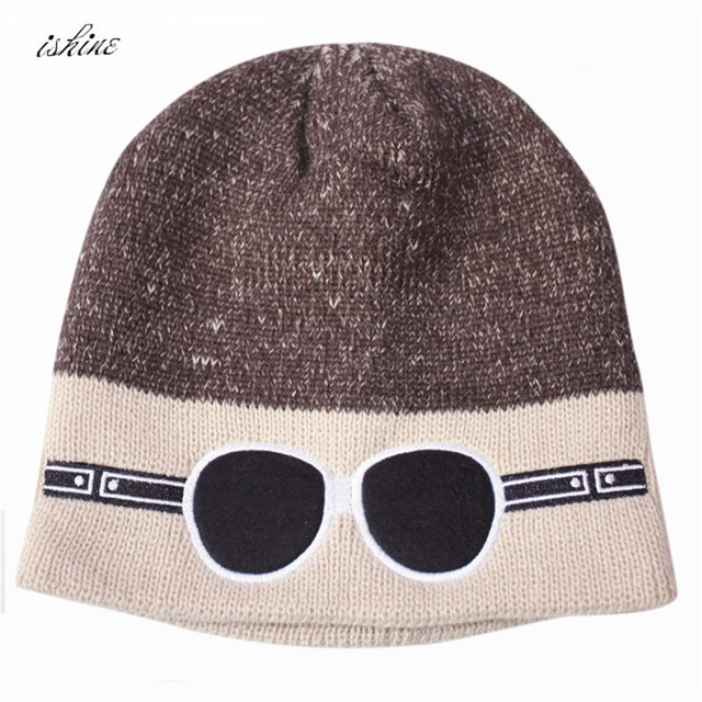 b6fb04fa1d052 Red Winter Skiing Warm Knit Caps Glasses Embroidery Black Women Men Unisex Beanies  Caps Hats For Winter Snowing Skiing