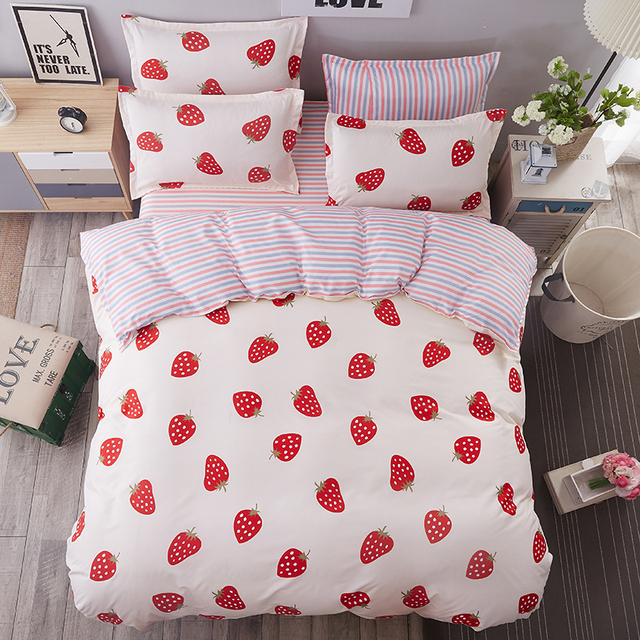 Etonnant Fashion Red Strawberry Cartoon Pattern Bedding Textile Polyester 4Pcs Sheets  Pillowcase Bed Linen Quilt Cover Duvet Cover Soft