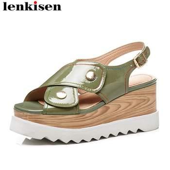 Lenkisen high quality large size retro design peep toe buckle strap high bottom rivet campus fashion woman leather sandals L07