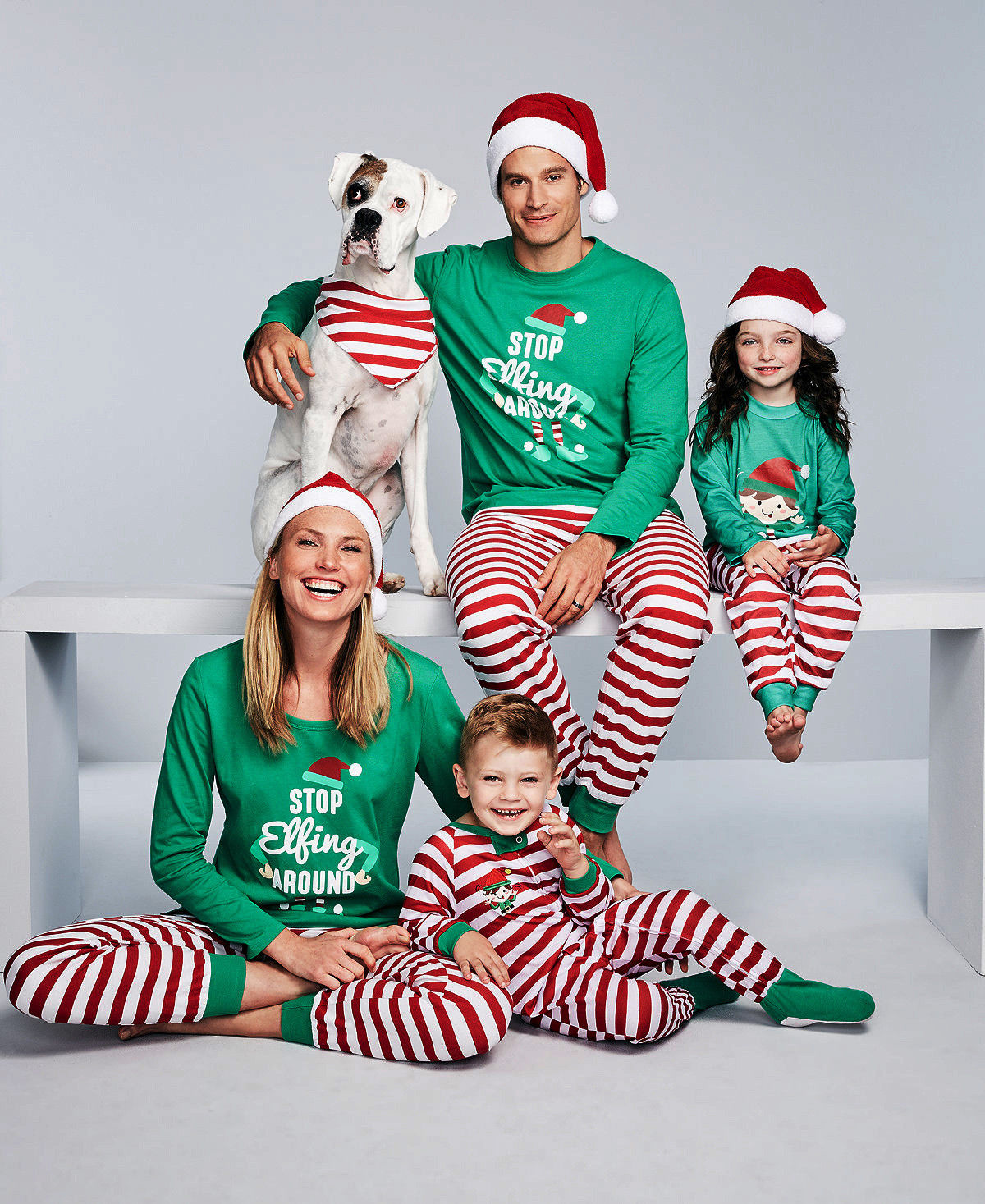 2017 Brand New Family Matching Christmas Pajamas Set Women Baby Kids Sleepwear Nightwear Xmas Santa Suit