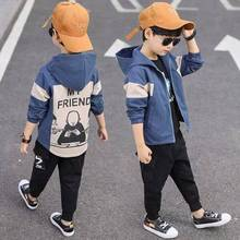 INS/популярные куртки для мальчиков куртка в Корейском стиле на осень и весну для детей от 4 до 13 лет Тренч для мальчиков пальто с контрастной строчкой и рисунком