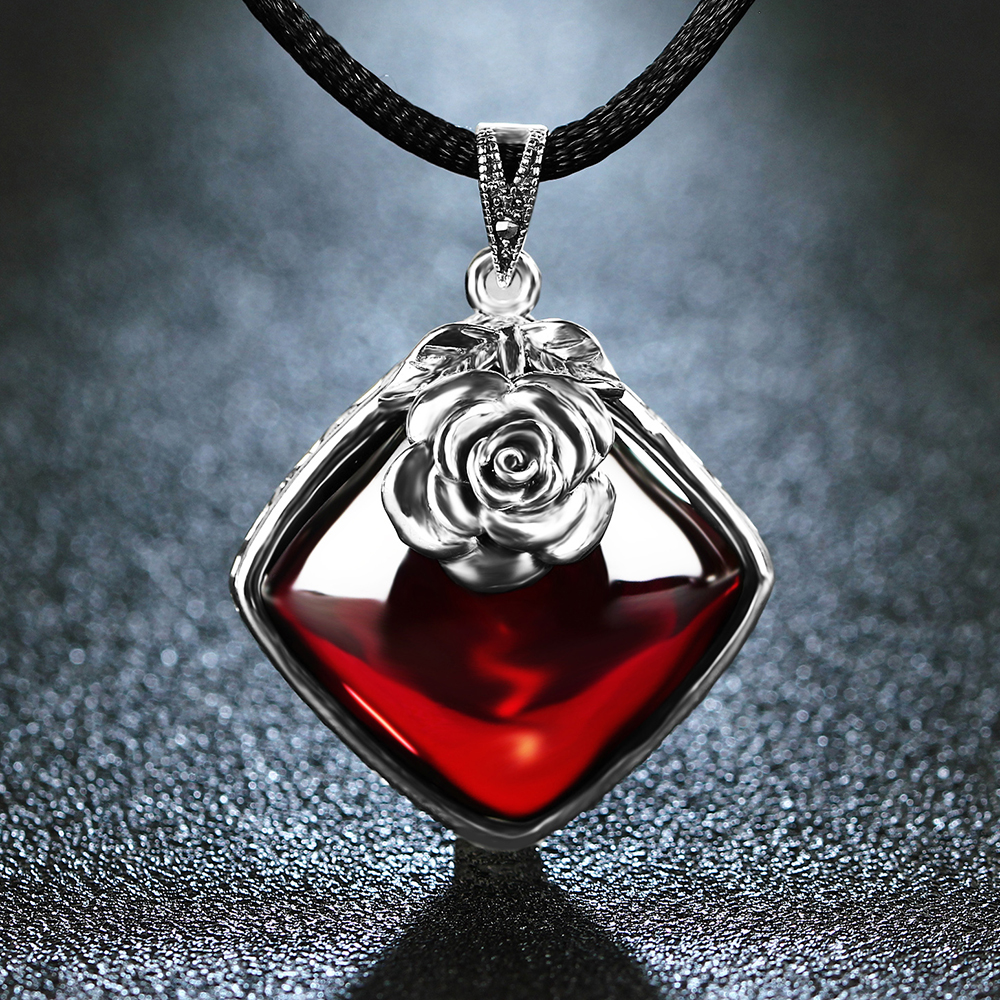 EDI 925 Sterling Silver Garnet Pendant Necklace Retro Silver Flower Necklace for Women 925 silver plated flower necklace