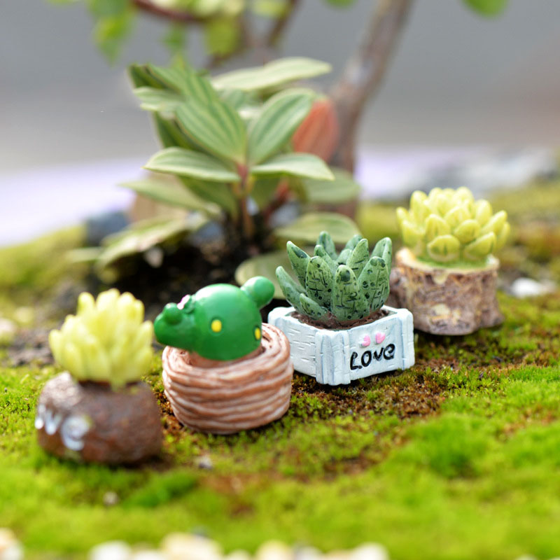 5 Pcs Mini Artificial Bonsai Fairy Garden Figurines Miniature Mini Craft Figurine Plant Pot Garden Ornament Miniature DIY Decor