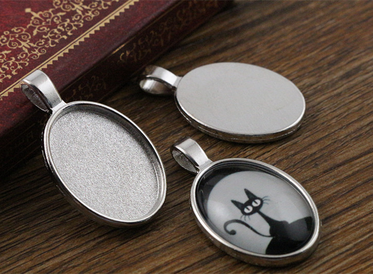 4pcs 18x25mm Inner Size Rhodium Plating Classic Style  Cameo Cabochon Base Setting Charms Pendant necklace findings  (C2-55)4pcs 18x25mm Inner Size Rhodium Plating Classic Style  Cameo Cabochon Base Setting Charms Pendant necklace findings  (C2-55)