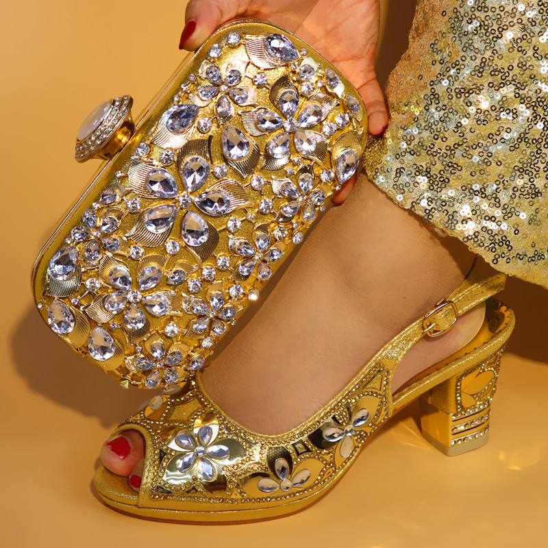 Gold Color Italian Shoes with Matching Bag Set Decorated with Appliques African Women wedge Shoes and Bag Set for Wedding Party new women handmade prom clutch evening bag luxury party bags lady crystal minaudiere diamonds day clutches smyzh e0067
