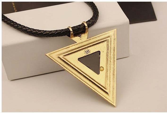 HTB1CGh9IVXXXXbrapXXq6xXFXXX8 - Ladies Triangle Pendant