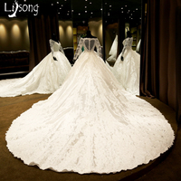 White Unique Wedding Dress Ball Gowns Royal Style Middle East Dubai Full Sleeves Custom Made Bridal Formal Gowns Heart shaped