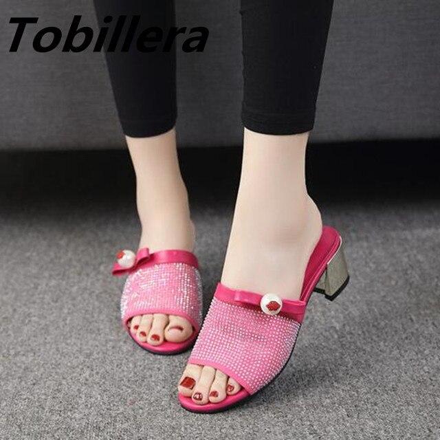 b9b9a6fba2f190 Tobillera Rhinestone Pear Upper Open Toe Slippers For Women In Black White Hot  Pink Summer New Style Ladies Slides Sweet Sandals