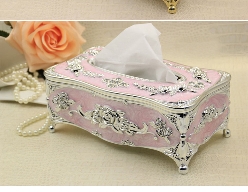 European multi-purpose tissue box26