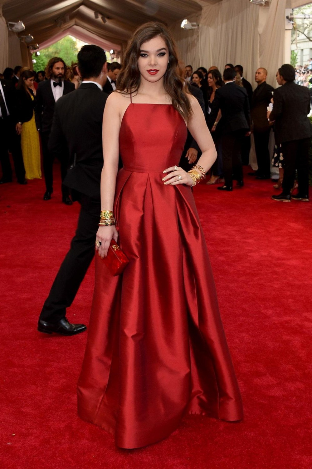 2015-Met-Gala-Hailee-Steinfeld-Sexy-Red-Carpet-Celebrity-Prom-Dress-With-Taffeta-Backless-A-Line (1)