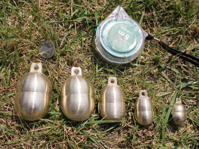 NBB410 маленькие золотые латунные арахисовые колокольчики 50 шт./партия пение домашних животных колокольчики металлические бусины