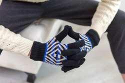 Модные для мужчин ручной наручные 2017 Трикотажные Палец Прихватки для мангала Вязание варежки Зима Осень Теплые
