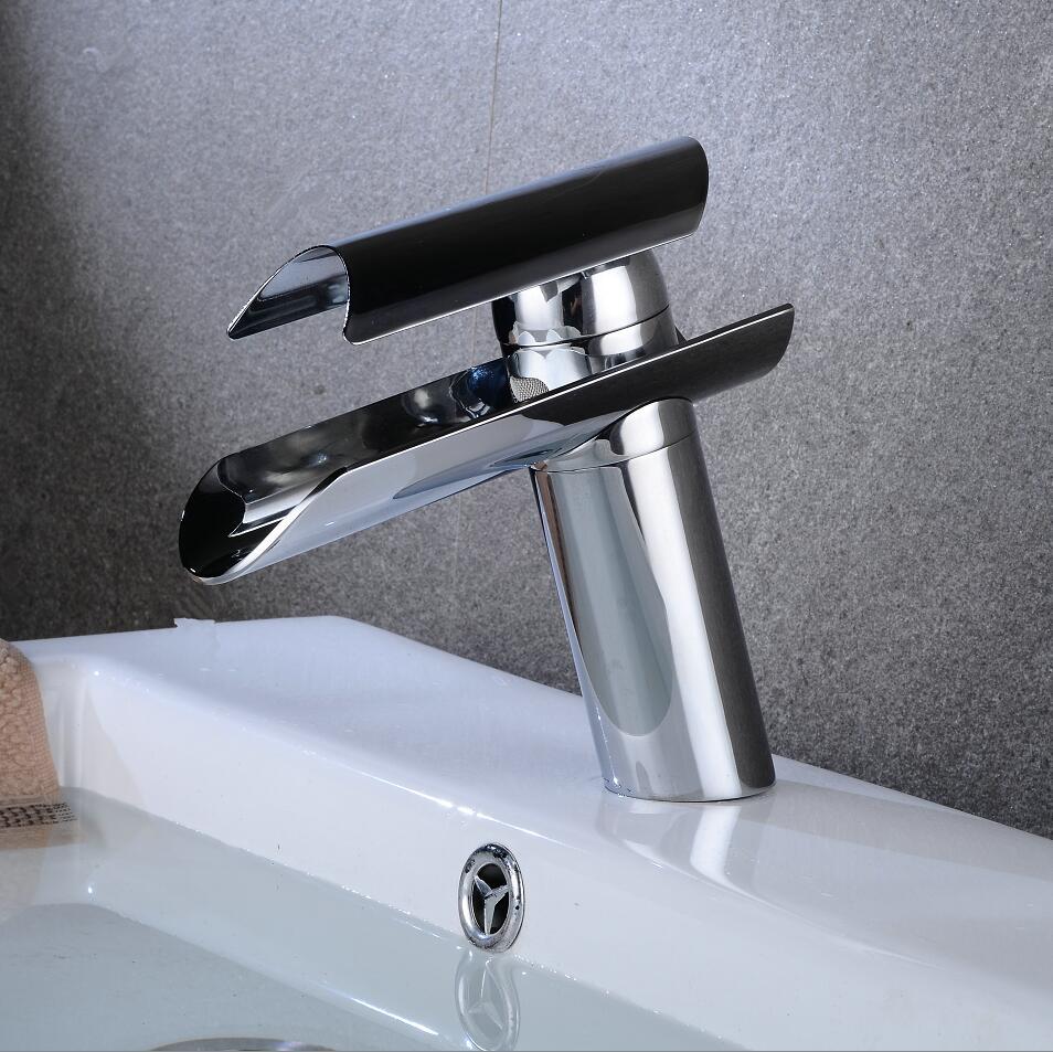 Chrome Basin faucet brass bathroom faucet single handle torneiras para pia de banheiro Wash faucet waterfall faucet ouboni hot sale bathroom basin faucet chrome brass mixer tap jn6116h led waterfall spout torneiras para banheiro