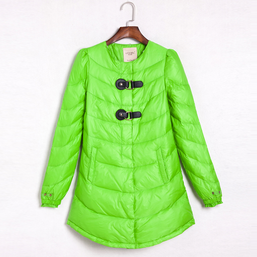 Prix pour Nouvelles femmes dans la longue section de la conception d'hiver veste populaire cou mince femmes vers le bas veste