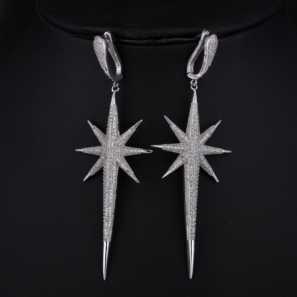 Un par de plata tibetana gota Dangly Pendientes con temática de plumas Nueva.