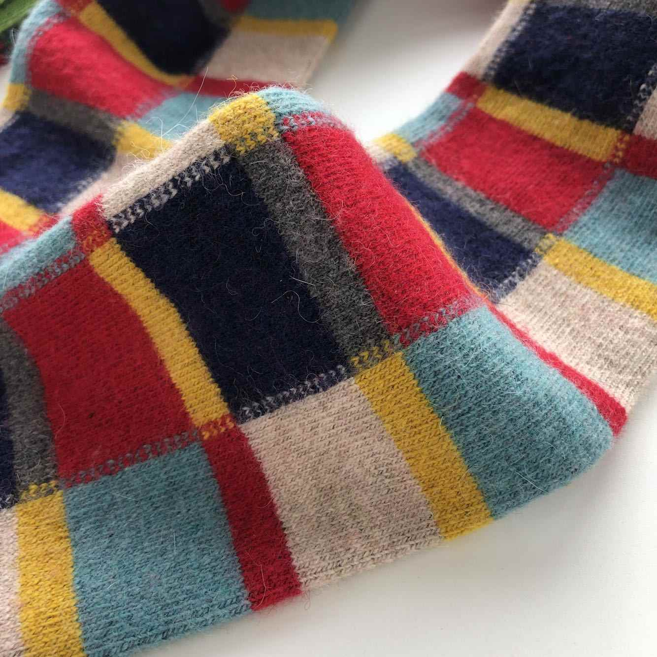 Moda 4 kolory Plaid ciepłe getry zimowe futro z wełny z dzianiny legginsy długie ponad kolana wysokie buty Sox Beenwarmers BAC423
