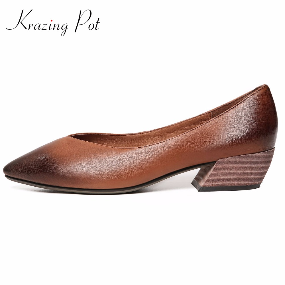 KRAZING POT full grain leather shallow thick med heels slip on gladiator women pumps pointed toe mixed color superstar shoes L01 krazing 2018 pot full grain leather streetwear med heels tassel slip on gladiator women pumps round toe british school shoes l03