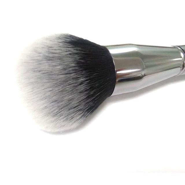 Big Beauty Powder Brush