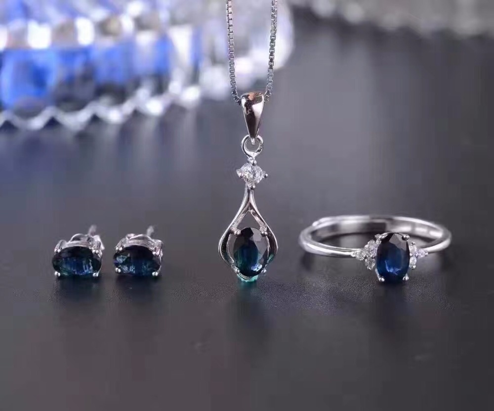 The latest style, natural sapphire suit, 925 silver, simple dark blue, good quality gemstones, Chinese mining area The latest style, natural sapphire suit, 925 silver, simple dark blue, good quality gemstones, Chinese mining area