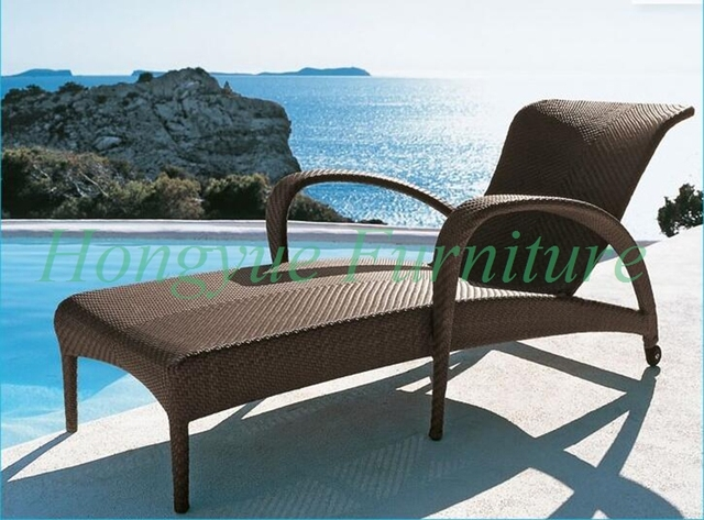 Delicieux Brown Wicker Material Sun Lounge Chair Furniture With Cushions For Outdoor