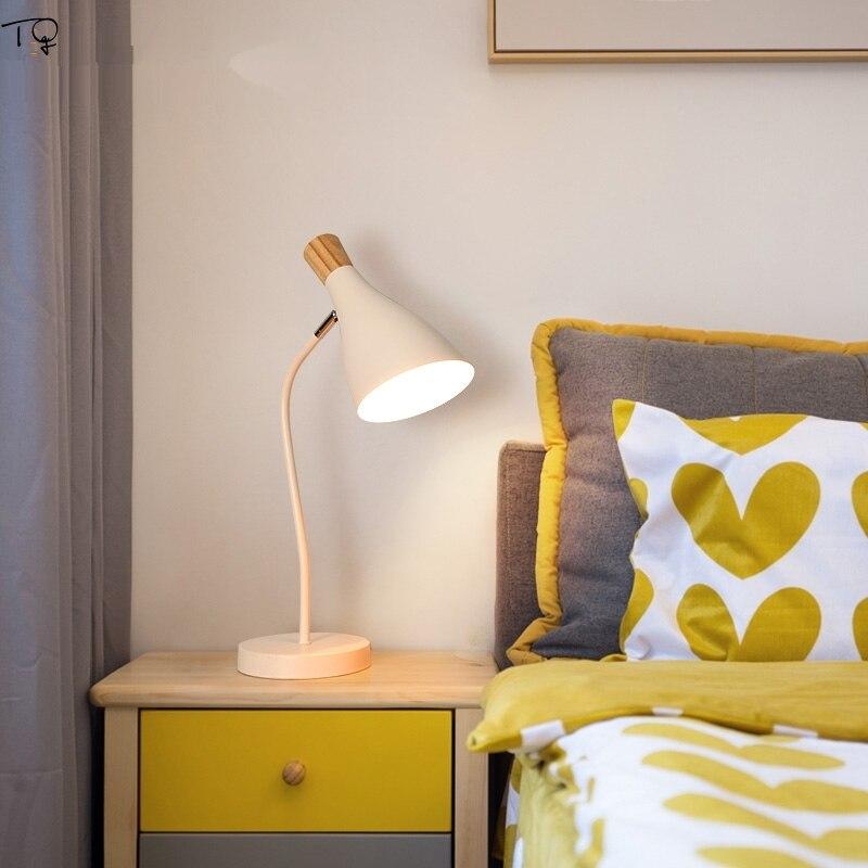 Nordic zwięzły różowy lampa biurkowa Led drewno żelaza oświetlenie artystyczne nowoczesny kreatywny indywidualny salon sypialnia nocna lampka na biurko