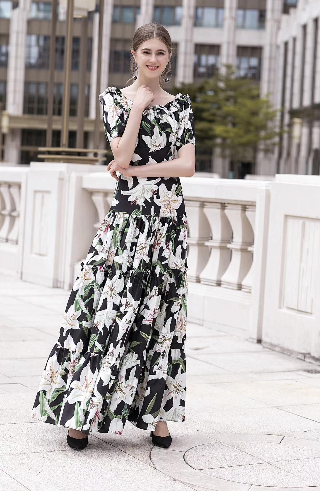 In the summer of 2019 the new word printed posed lily led stretch long dress