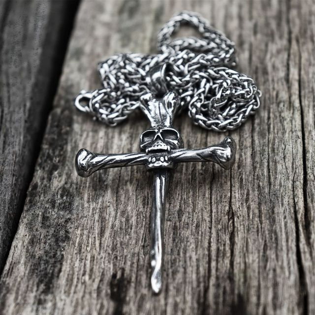 STAINLESS STEEL NAIL SPIKE TRIAL CROSS SKULL NECKLACE