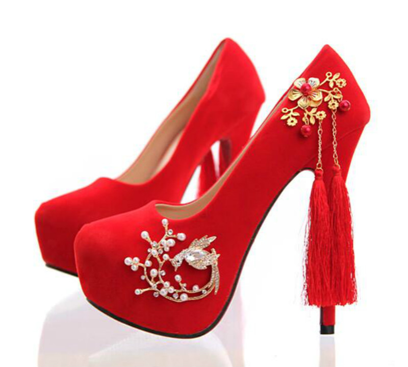 ФОТО Red suede bridal shoes High heels with fine gold flower tassels pendant banquet toast shoes Wedding shoes