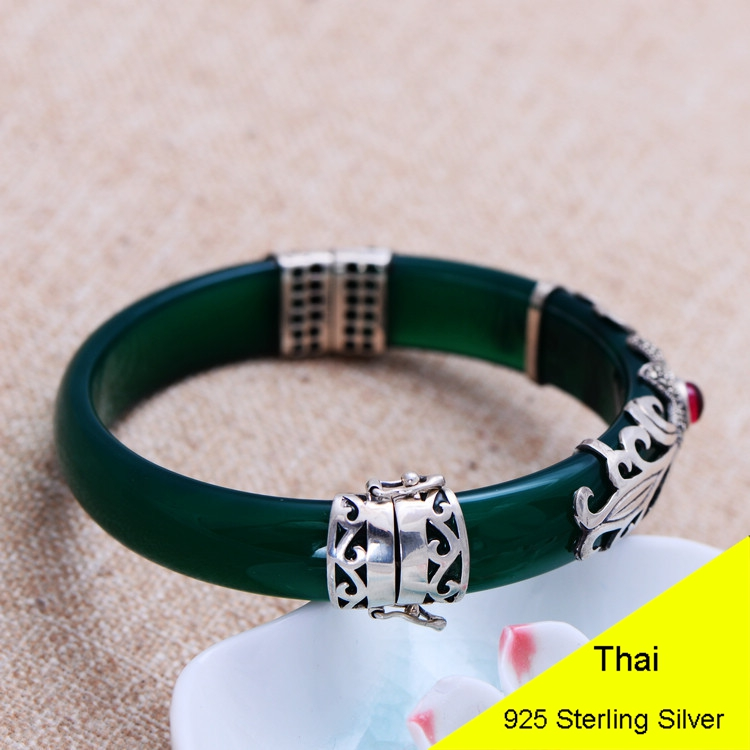 925 Sterling Silver Fine Jewelry Nature Green Agate Bangle & Bracelet with Marcasite Buckle Thai Silver Jewelry Gift CH039101 fashion 925 sterling silver vintage green chalcedony buckle bracelet women thai silver gift jewelry ch058505