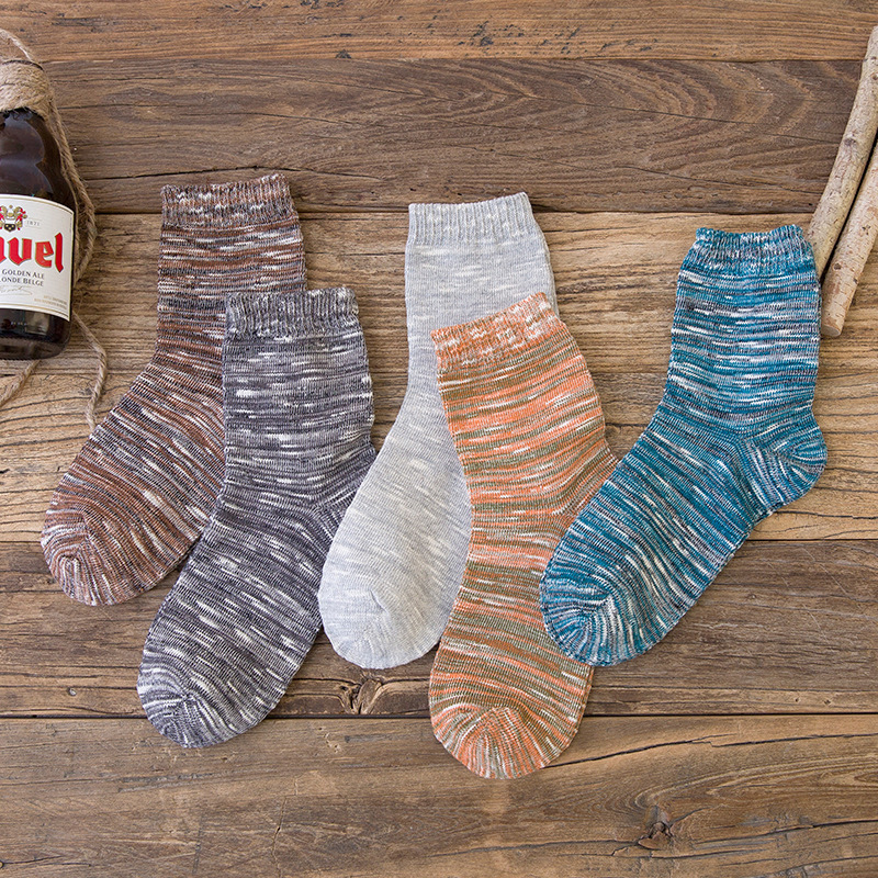 Hot Sale New Autumn And Winter High Quality Cotton Mens Socks Fashion Leisure Retro forest Style