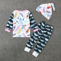 11.11 2017 Enfants Bébé Vêtements Fille Ensemble Plume Impression T-Shirt Top + Pantalon Cap Tenues Nouveau-Né Enfants Vêtements Ensemble Pour Les Filles garçon