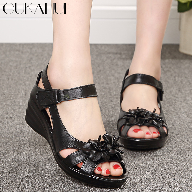 OUKAHUI 2018 Gladiator Sandals Women Elegant Genuine Cow Leather Wedge Mid Heel 4cm Beaded Flower Ladies Shoes And Sandals Shoes