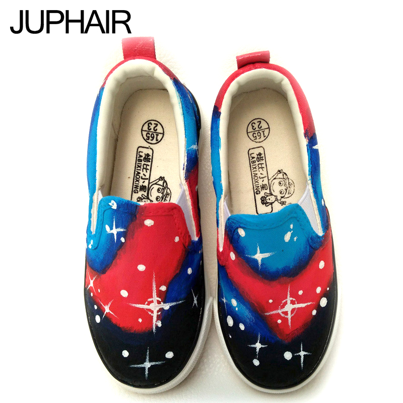 ФОТО JUP Men Female Student Girls Despicable Me Minion Spongebob Ultraman Watermelon Flag Pattern Hand Painted Canvas Valentine Shoes